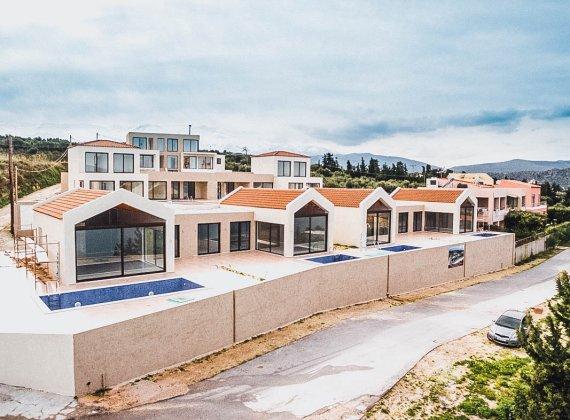 Ef Zin Luxury Suits & Villas (Whole complex - 3 800 000  €)